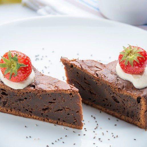 čokoládovo-arašídová torta