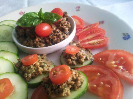 zelenina s bazalkovým pestom
