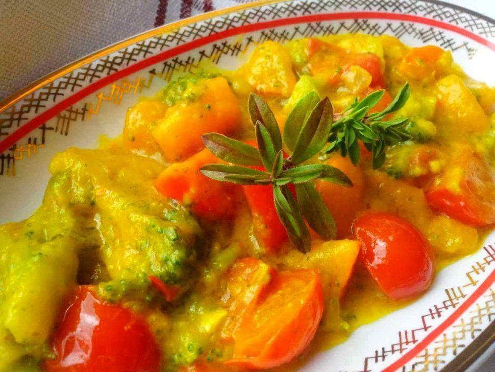 tekvica hokaido s brokolicou v kari omáčke recept